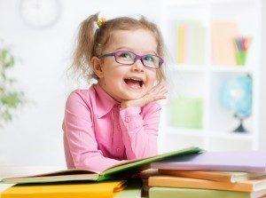 bambina a scuola