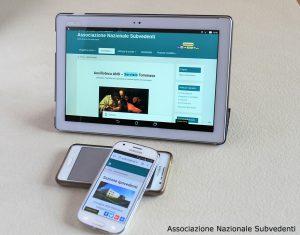 Immagine di un Tablet, Smartphone e lettore MP3