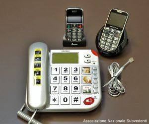Telefoni con tasti ingranditi